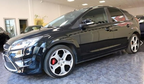 lhd FORD FOCUS RS (04/2009) - BLACK METALLIC - lieu: